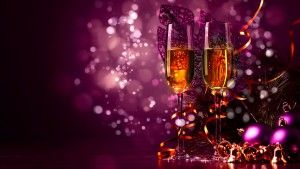 champagne_at_new_year_party-2880x1620